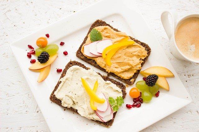śniadania białkowo tłuszczowe